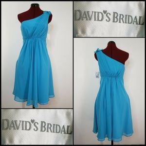 David's Bridal Woman One Shoulder  dress Sz 4 NWT